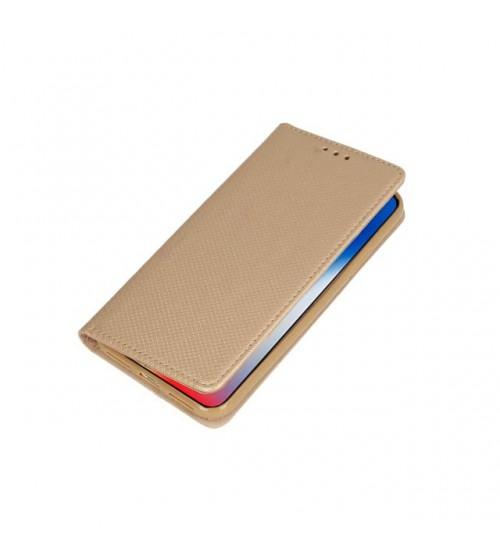 Калъф за Samsung A8 2018 тефтер златен Book